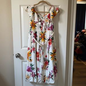 NWT Old Navy floral lined dress